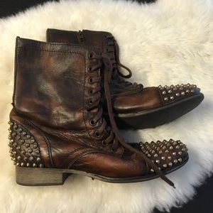 Steve Madden Tarney Studded Boots Leather 8